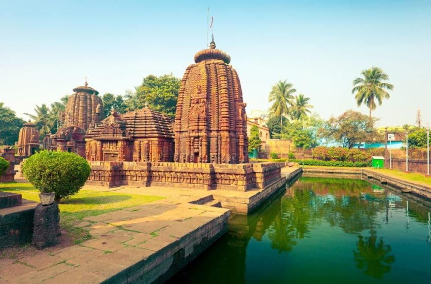 The Beginner's Travel Guide to Explore Temples in Bhubaneshwar
