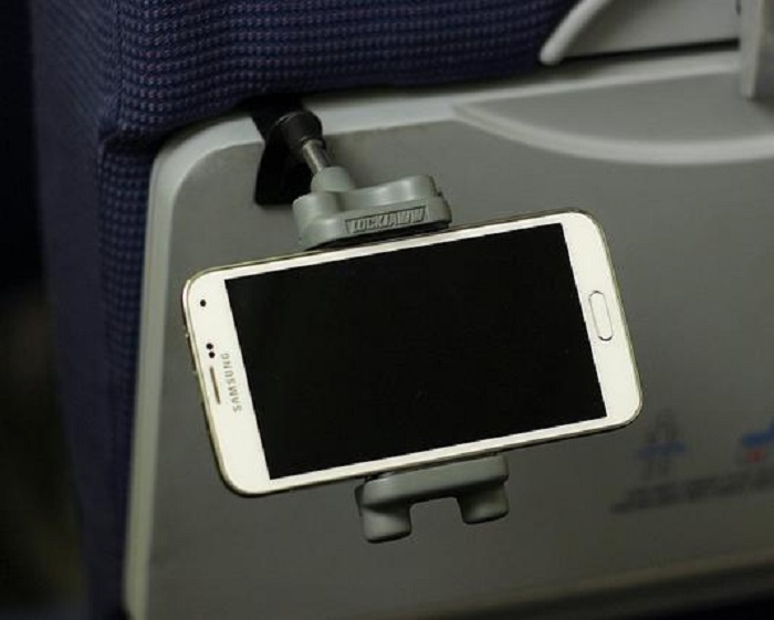 Why Use an In-Flight Device Holder?