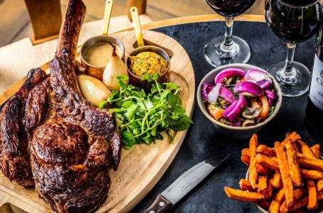 Choosing Right Steakhouse for Your Business Corporate Event