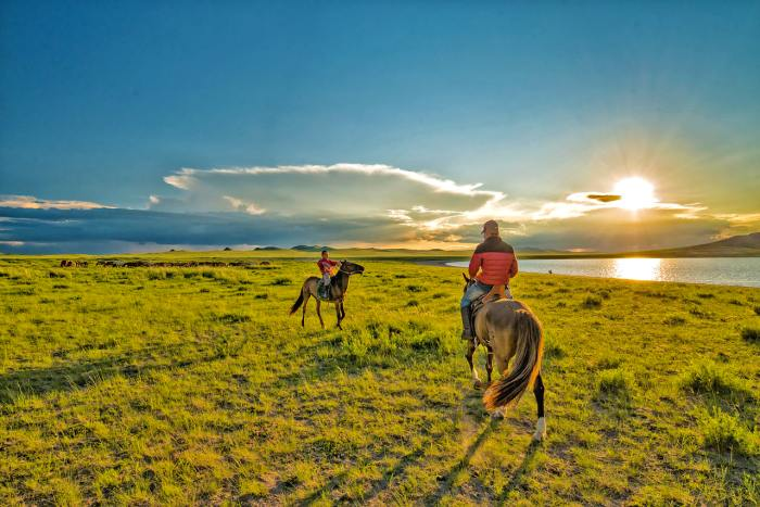 5 Aesthetic Tourism Spots In Mongolia that Will Charm You
