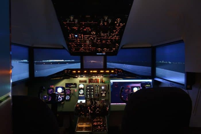 Learn About the Different Types of Flight Simulators